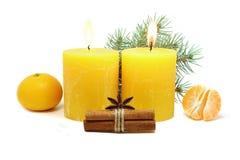 在白色背景的圣诞节蜡烛 库存图片