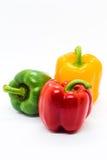 在白色背景的多颜色甜椒 免版税图库摄影