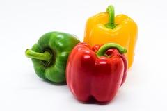 在白色背景的多颜色甜椒 免版税库存照片