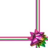 在白色背景的大彩虹假日弓 免版税库存图片