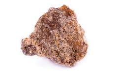 在白色背景的宏观矿物石wulfenite 库存照片