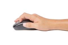 在白色背景的手点击的计算机老鼠 免版税图库摄影