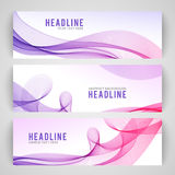 在白色背景的抽象紫色波浪 库存照片