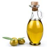 在白色背景的橄榄油瓶。 库存图片