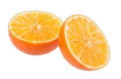 在白色背景的橙色切片 库存照片