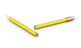 在白色背景的残破的铅笔 3d回报image.colorful圆筒 免版税库存图片