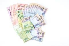 在白色背景的泰国钞票 库存图片