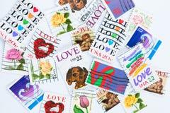 在白色背景的爱邮票 免版税库存图片