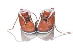 在白色背景的猾皮鞋子 库存照片