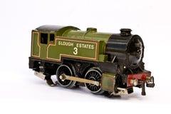 在白色背景的玩具电式样火车 库存图片