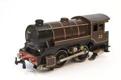 在白色背景的玩具电式样火车 免版税库存照片