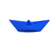 在白色背景的纸小船 免版税库存图片