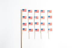 在白色背景的美国旗子 库存图片