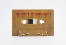 在白色背景的老录音磁带 库存照片