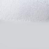 在白色背景的肥皂的泡影泡沫 Suds阵雨纹理宏指令视图 浅深度的域 选择聚焦 图库摄影