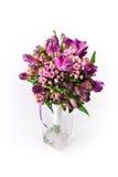 在白色背景的花花束 图库摄影