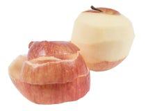 在白色背景的被剥皮的苹果 免版税图库摄影