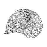在白色背景的被隔绝的手拉的黑概述单色海壳 曲线线的装饰品 库存例证