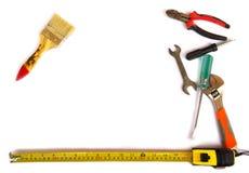 在白色背景的许多工具 库存图片