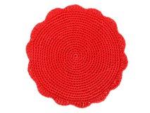 在白色背景的钩针编织红色位置字块 免版税库存图片