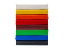 在白色背景的颜色彩色塑泥隔绝了02 免版税库存图片