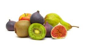 在白色背景的水多的成熟果子特写镜头 免版税库存照片