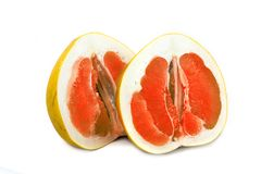 在白色背景的Pamelo大和水多的果子,没有背景明亮的颜色柑橘 免版税库存图片