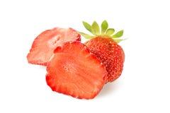 在白色背景草莓隔绝的美好的一半 免版税库存照片