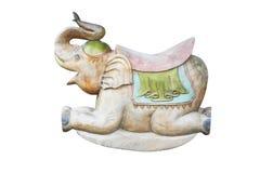 在白色背景隔绝的古色古香的震动的木大象 免版税库存图片