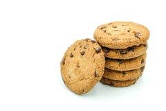 在白色背景隔绝的巧克力曲奇饼 免版税库存照片