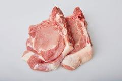 在白色背景隔绝的未加工的猪腰 免版税库存照片