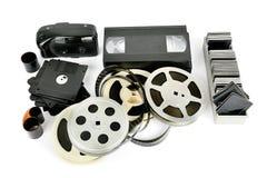 在白色背景隔绝的老照片和视频器材 免版税图库摄影