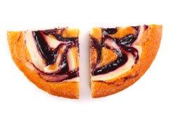 在白色背景隔绝的自创饼 顶视图 平的位置 免版税图库摄影