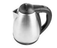 在白色背景隔绝的一个现代水壶的一张顶视图 黑色和金属水壶 一套新的厨具 电器物 免版税图库摄影
