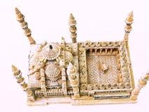 在白色背景隔绝的一张蓝色清真寺模型鸟瞰图 库存图片