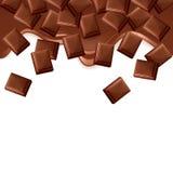 在白色背景隔绝的下落的黑巧克力块 免版税库存图片