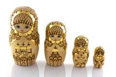 在白色背景隔绝的俄国玩具 免版税图库摄影