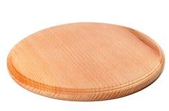在白色背景隔绝的圆的木厨房板 库存图片