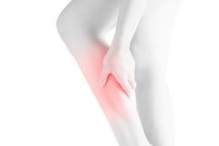 在白色背景隔绝的妇女小牛腿的剧痛 在白色背景的裁减路线 免版税库存图片