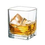 在白色背景隔绝的威士忌酒干净的冰块 免版税库存照片