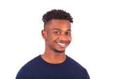 在白色背景隔绝的愉快的年轻非裔美国人的人- 库存图片