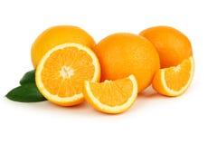 在白色背景隔绝的新鲜的橙色果子 库存照片