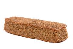在白色背景隔绝的有机家制面包 免版税库存图片