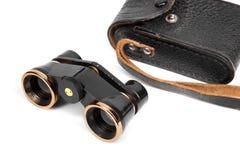 在白色背景隔绝的望远镜双筒望远镜 免版税库存图片