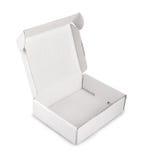 在白色背景隔绝的白色空白的箱子 免版税图库摄影
