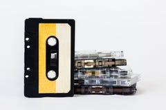 在白色背景隔绝的老卡型盒式录音机 历史reco 图库摄影