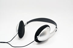 在白色背景隔绝的耳机 免版税库存照片