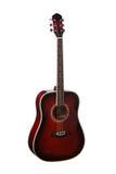 在白色背景隔绝的自然红色木古典声学吉他 库存照片