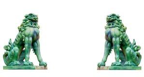 在白色背景隔绝的虚构的生物雕象  免版税库存照片