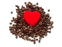 在白色背景隔绝的豆咖啡 免版税图库摄影